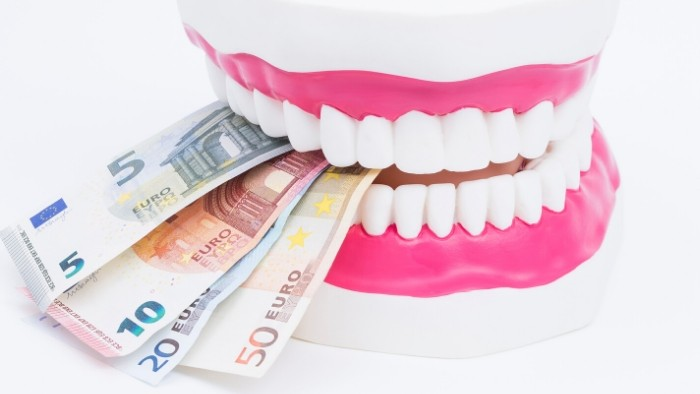 veneers cost in uk